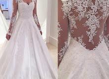 فستان زفاف ابيض جديد