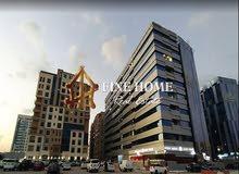للبيع أرض سكنية بمساحة تبلغ  25,005 قدم مربع