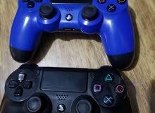 يدين بلاستيشن 4 - PS4  وكالة يدات اصلية ونظيفة جدا