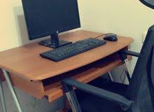 جهاز مكتبي شبه جديد للبيع