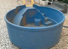 مسبح مستعمل للبيع .