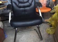 كرسي مداولة جلد بالباكيت
