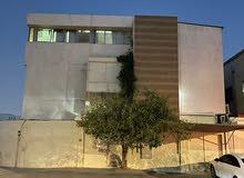 فيلا 3 طوابق للبيع في منطقة الحمرية أبوهيل دبي بالقرب من جمعية النهضة النسائية