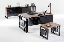اثاث مكتبي متكامل تصنيع محلي او تركي وموديلات حديثه من المكاتب ووحدات العمل .