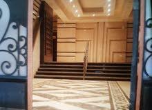 شقة للبيع تري فيو بحر وعلي البحر مباشرا بميامى للصفوة والمستثمرين العرب