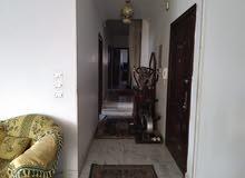 شقة للبيع بجانب كارفور المعادي مساحة 200 متر