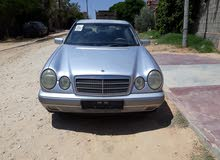 سيارة مرسيدس ام عيون