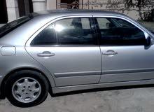 مرسيدس E200 موديل 2001