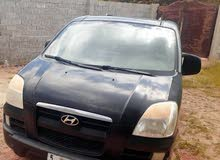Automatic Black Hyundai 2005 for sale