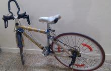 دراجه هوائيه سباق .. نضيفه جدا شبه جديده