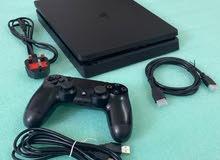 جهاز ألعاب سوني بلاستيشن 4 للبيع