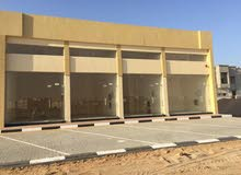 للبيع مبنى محلات تجاريه جديد بالياسمين عجمان 4 محلات ```o QWR