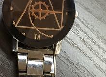 ساعة للبيع الساعة جديدة سعرها بالسوق 15 انا ببيعها ب10