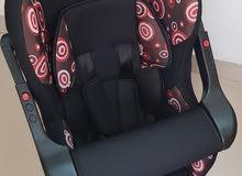 كرسي سياره اطفال جديد ولون جميل البيع لدواعي السفر