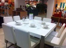 كنب وطاولة طعام مستورد مودرن من هوم سنتر ومونتكلير