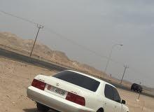 White Lexus LX 1995 for sale