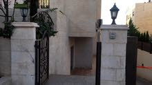 شقة سوبر ديلوكس للبيع  في ضاحية النخيل قرب  طريق المطار
