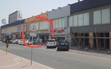 للايجار محلات بشارع رئيسى باسواق القرين بجانب لولو هايبر وماكدونالدذ ومقابل مبنى البلديه