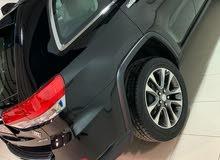 للبيع سياره جراند شيروكي ليمتد كامل المواصفات اسود ماشي 100 كيلو فقط