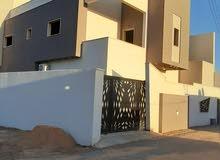 منزل دورين مفصولات عين زارة بالقرب من شيل القرقني.