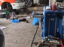 ابحث عن صباغ سيارات في ورشة اصلاح السيارات على من له الرغبه في العمل التواصل على رقم 99879991