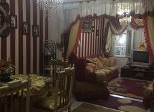 علي شارع الهرم الرئيسي بجوار اخناتون مول قرب المترو و الجيزه  في كمبوند بأمن و حراسه