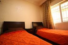 شقة للايجار مفروشة في ابو نصير قرب الخدمات و المواصلات والاسواق ارضية بناء عائلي