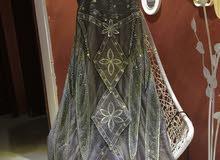 فستان مكلف جديد لم يلبس الا كم ساعه