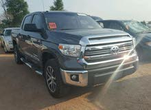 New condition Toyota Tundra 2017 with 40,000 - 49,999 km mileage