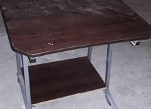 مكتب طاولة