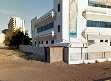 للبيع ارض تجاريه بالراشيديه عجمان على شارع الشيخ خليفه