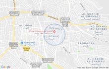 شقه للايجار 165م قرب مستشفى حمزه ط 3