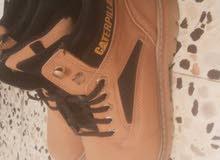 حذاء بوت نوع كاتربيلر