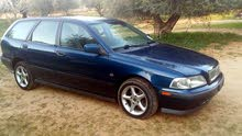 Manual Blue Volvo 2000 for sale