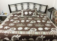 سرير مزدوج مع فرشة ضغط عالي