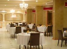 متوفر لدينا من المغرب مشرفات خدمات طعام و نادلين ومعلمين شاورما و مشاوي