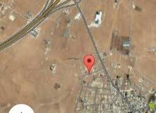للبيع ارض 570 م في الذهيبه سكن ج شارعين