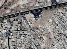 ارض 465م ماركا قرب اتوستراد عمان الزرقاء تصلح لبناء اسكان بسعر مغري