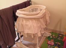 سرير اطفال مستعمل شهر واحد نظيف جدا