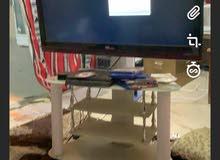 تلفزيون وانسا 42 بوصه مع ال ستاند الي هو عليه ب 60 ك د