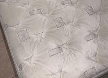 مرتبة سرير كوين