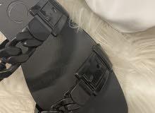 black gucci flat