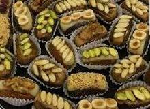 حلويات متنوعة خدمة حوش و لمناسبات بالحجز مكاني طرابلس السياحية  كما نوفر خدمة توصيل داخل طرابلس