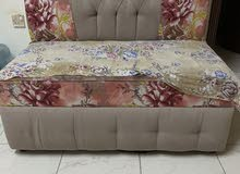 sofa in very good condition 25 bd only