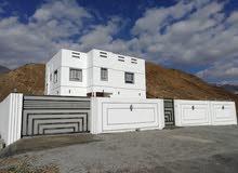 منزل للايجار طابقين المكان فاضي لا يوجد منازل منطقه جديده ينفع لشركه او مدرسه