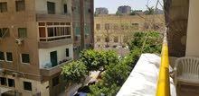 شقة 135م2 بجوار كلية الزراعة تقع بين شارع مراد و سور حديقة الحيوانات بالجيزة