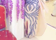 سلام عليكم؛فستان جديد ملبوس ساعتين جديد جدا وعل البس روعة منختلف بسعر 98936021وتساب فقط؟