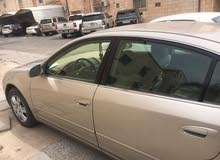 سياره التيما 2005
