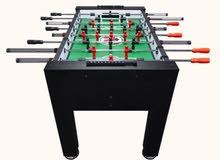 Soccer table with 3 soccer table balls in excellent condition