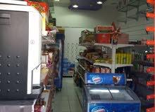 محل للبيع المواد الغذائية في مسقط الخوير جنب فندق أمواج